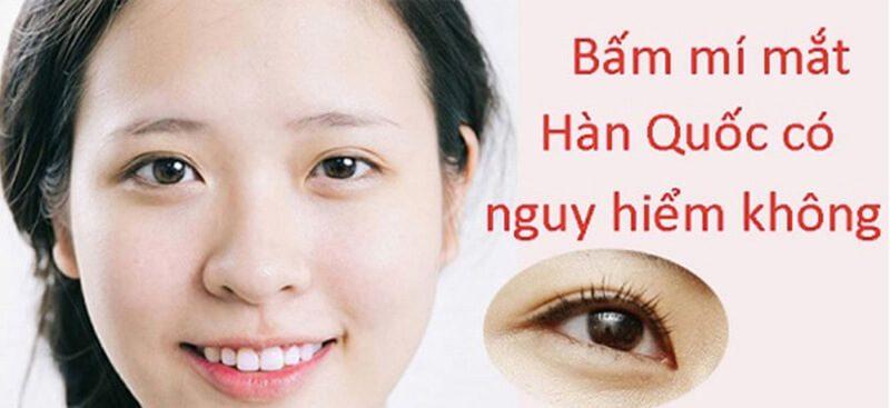 Vậy nhấn mí mắt có hại hay không?