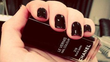 sơn móng tay Chanel